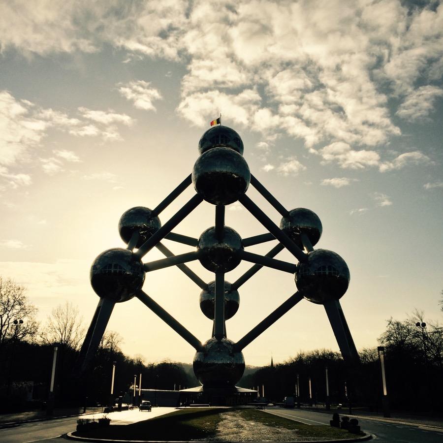 Pred odletom sme sa zašli ešte pozrieť na Atomium a bola to sakra dobrá voľba.