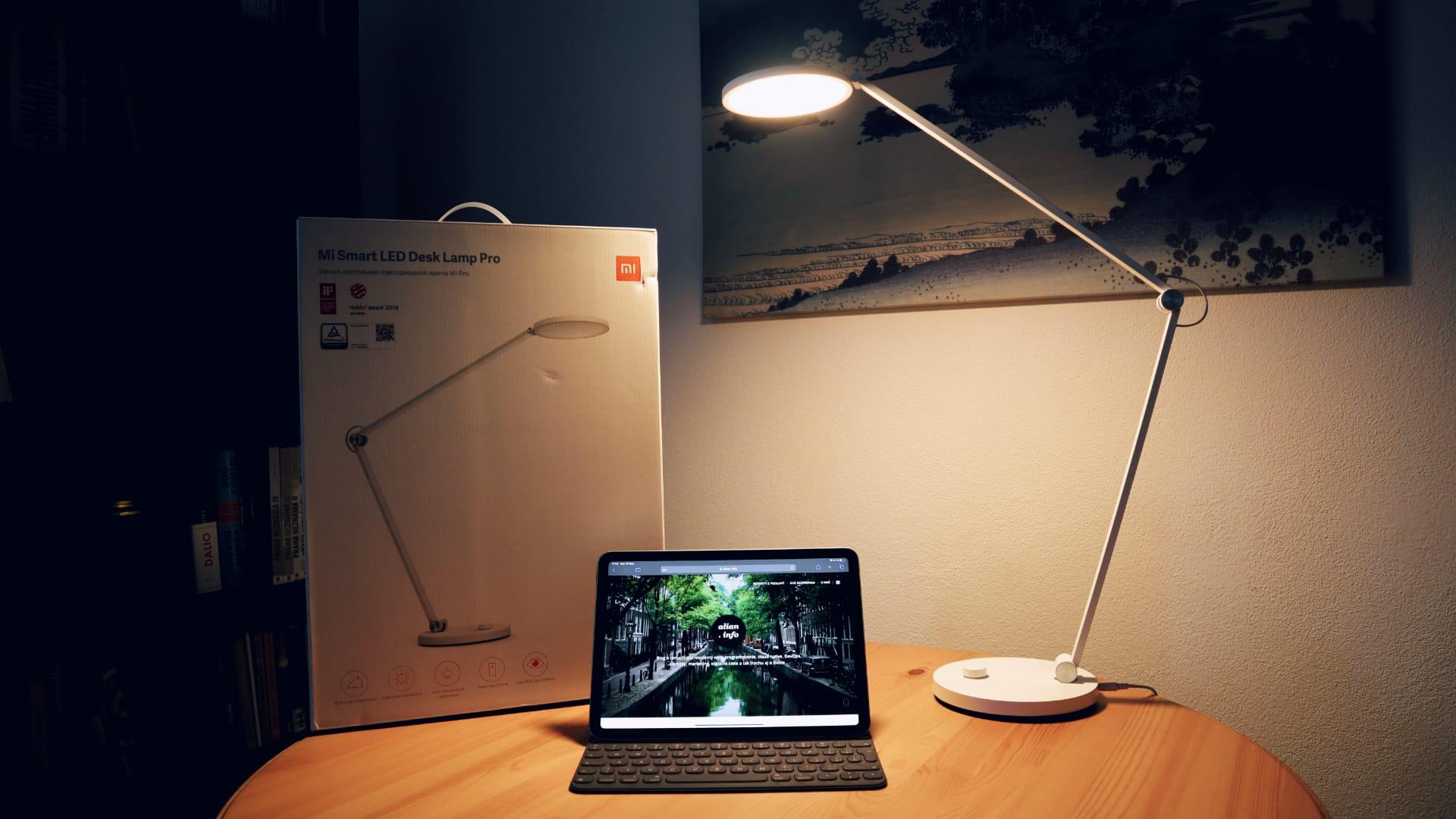 Recenzia Xiaomi Mi Smart LED Desk Lamp Pro | VLOG #92